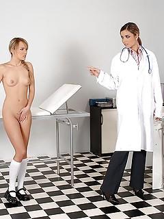 Lesbian Doctor Pics